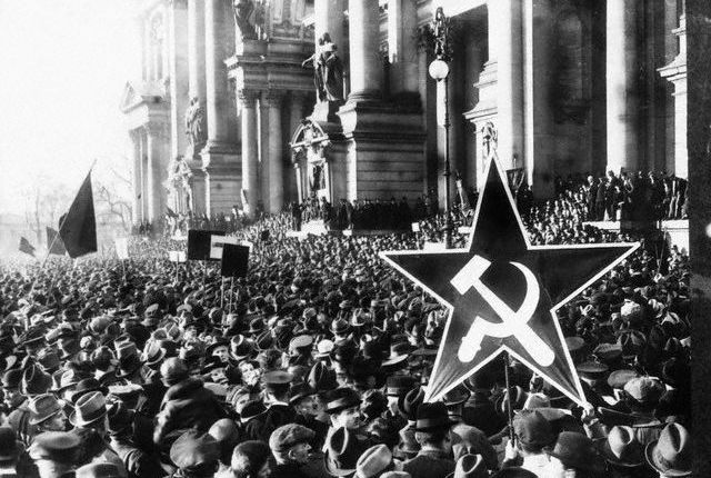 A huge crowd turns out for a Communist rally in Berlin in the Autumn of 1918