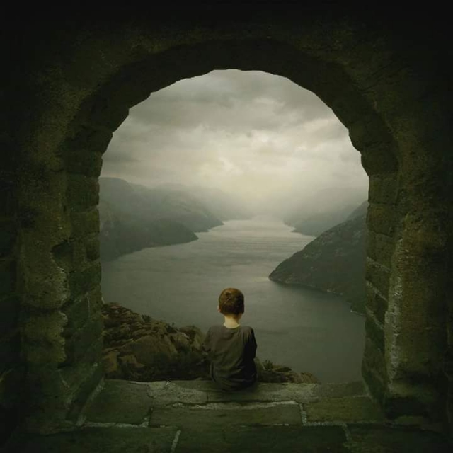 Michael Vincent Manalo - The Story Teller