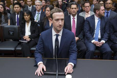 images/stories/ilcentrotirreno/1-news/1-mondo/2018/zuckerberg-11418.jpg