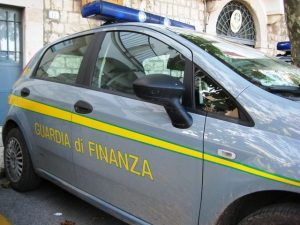 COSENZA, fatture false, sequestro da 1,6 mln