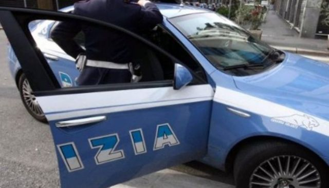 CROTONE, indumenti sequestrati donati a bisognosi