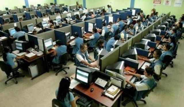 "Lavoratori call center come ""schiavi"", 3,78 euro/ora"