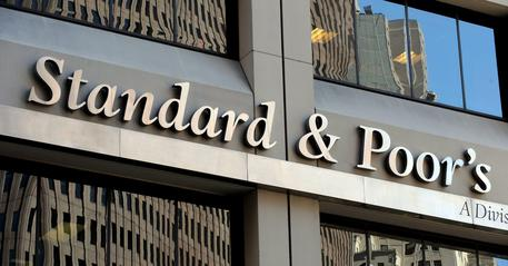 Standard & Poor's conferma rating Italia a BBB con outlook negativo