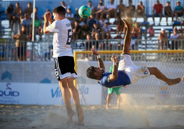 Euro Beach Soccer League: ok Italia, 5-4 alla Germania