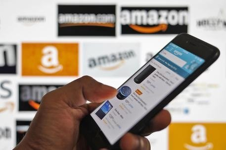 Amazon: profitti record, batte le attese